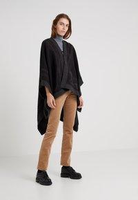 Lauren Ralph Lauren - Trousers - classic camel - 1