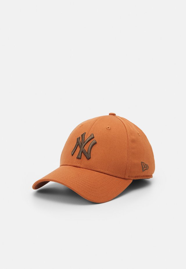 LEAGUE ESSENTIAL 39THIRTY UNISEX - Cap - brown