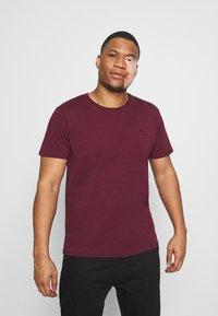 LTB - 2 PACK - Basic T-shirt - bordeaux/olive - 2