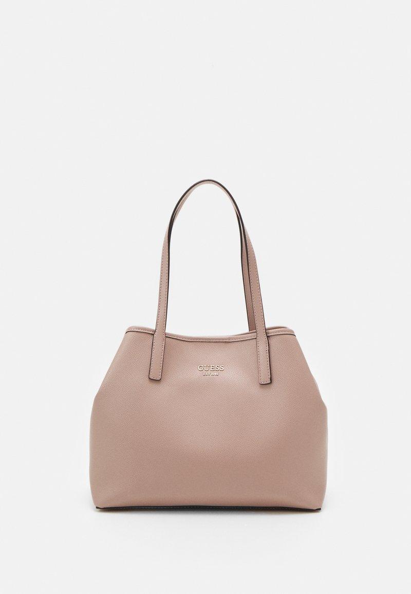 Guess - VIKKY TOTE SET - Handbag - rosewood