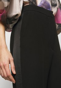 Roksanda - COLWYN TROUSER - Kalhoty - black - 4