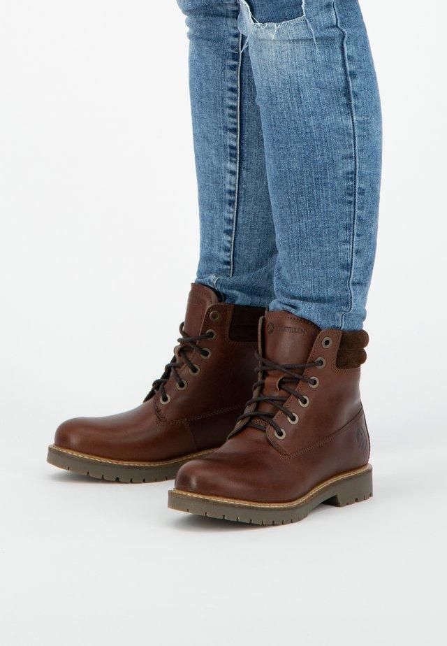 LJOSLAND - Veterboots - brown