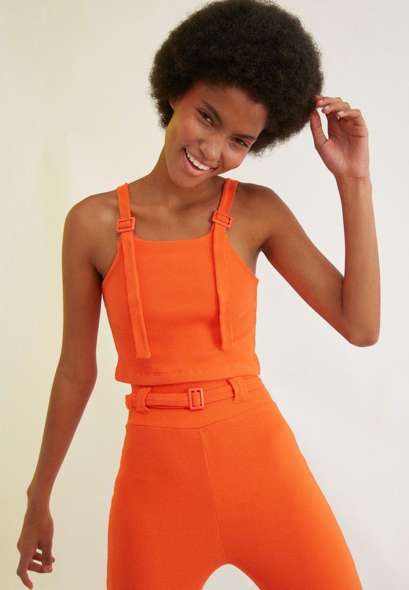 Trendyol - Trousers - orange
