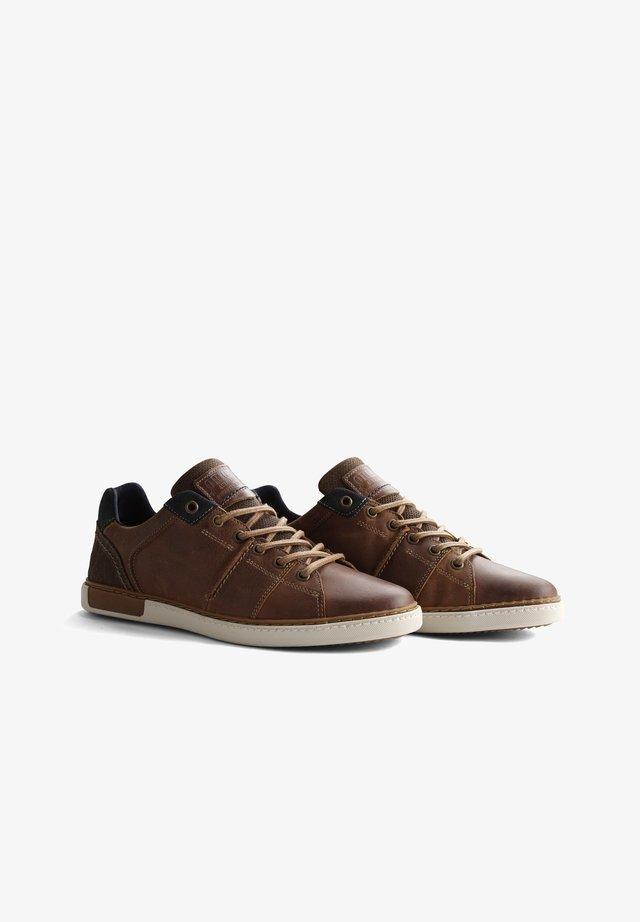 P PARLER - Sneakers laag - cognac