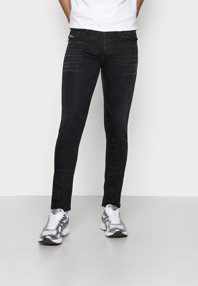 Diesel - SLEENKER - Jeans Skinny Fit - 09a75 02