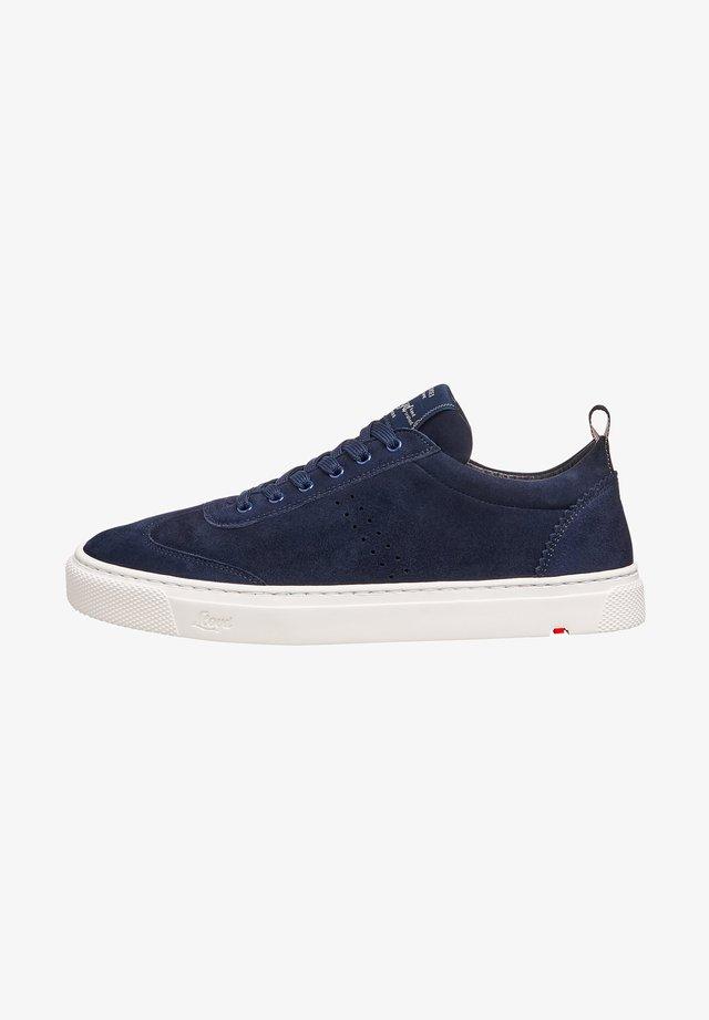 MIT PLATEAU - Sneakers laag - blau