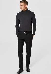 Selected Homme - SLHTOWER ROLL   - Jumper - anthracite - 1