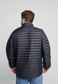 Tommy Hilfiger - PACKABLE JACKET - Piumino - black - 2