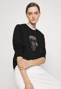 KARL LAGERFELD - IKONIK RHINESTONES - Sweatshirt - black - 4
