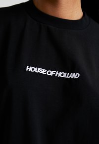 House of Holland - BLACK 'HOH' EMBROIDERED  - Print T-shirt - black - 5