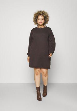 BASIC DRESS - Paitamekko - brown