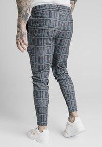 SIKSILK - SMART - Teplákové kalhoty - pow - 2