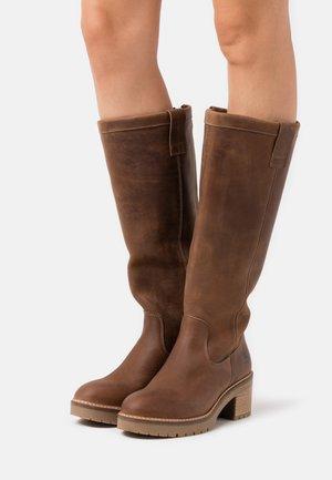 Platform boots - tan
