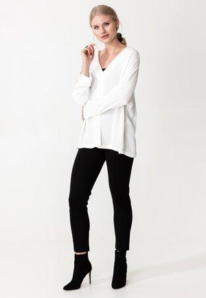 BLOUSE AKINO - Blouse - white