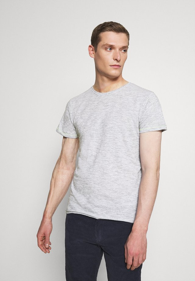 FURENBRADA - Basic T-shirt - aegean blue