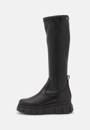 SATURN - Platform boots - black