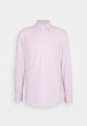 ADLEY - Zakelijk overhemd - pink