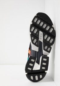 adidas Originals - POD-S3.1 - Trainers - core black/solar red - 4