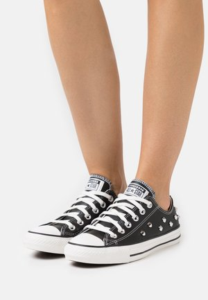 CHUCK TAYLOR ALL STAR - Sneakersy niskie - black/white