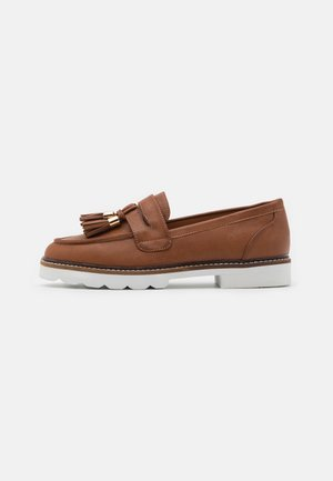 LEIGH LOAFER - Slippers - tan