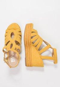 Bullboxer - Højhælede sandaletter / Højhælede sandaler - old yellow - 3