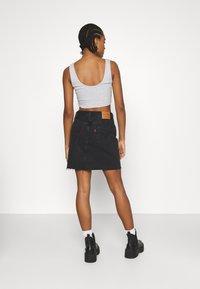 Levi's® - DECON ICONIC SKIRT - Mini skirt - dark gossip - 2