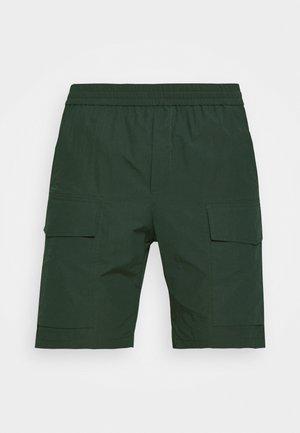 OLLIE - Short - dark green