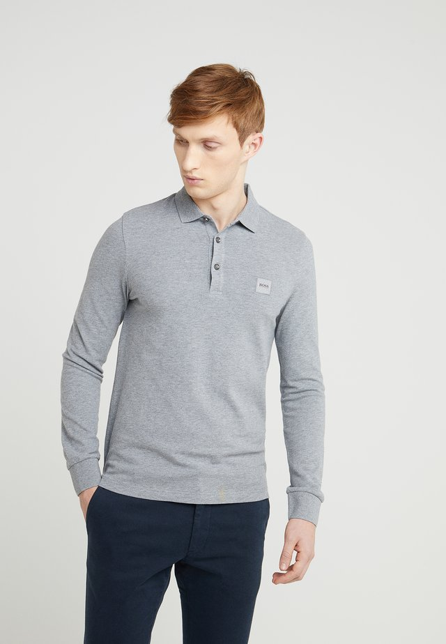 PASSERBY - Polo - light/pastel grey