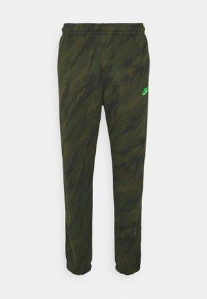 PANT - Pantaloni sportivi - rough green