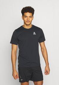ODLO - ZEROWEIGHT CHILL TEC CREW NECK - T-shirt imprimé - black - 0