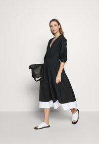 N°21 - Robe d'été - black - 2