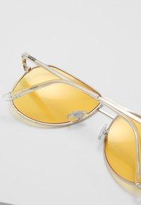 Vans - MN HAYKO SHADES - Sunglasses - gold-coloured/yellow - 4