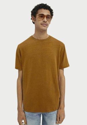 Basic T-shirt - nutmeg