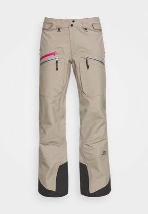 WOMENS BACKSIDE PANTS - Spodnie narciarskie - tan