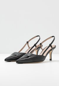 LK Bennett - HALLY - Classic heels - black - 4