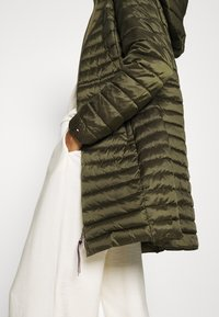 Tommy Hilfiger - COAT - Light jacket - army green - 3