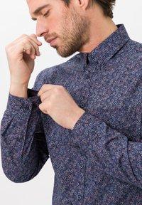 BRAX - STYLE DANIEL - Shirt - dark blue - 4