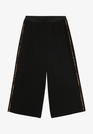 KONCOCO CULOTTE PALAZZO PANT - Trousers - black