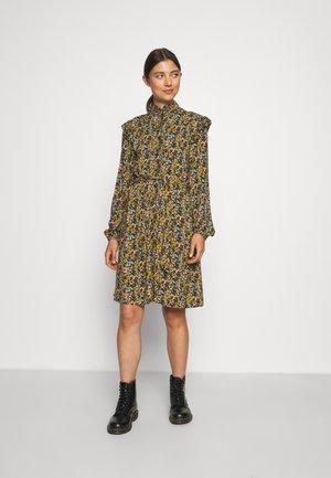 BYJOSA SHORT  - Shirt dress - rosin mix