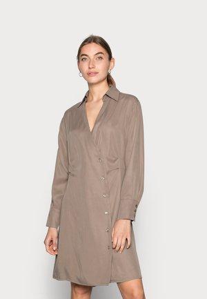 BOP DRESS - Shirt dress - brindle