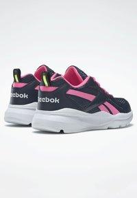 Reebok - XT SPRINTER - Stabilty running shoes - blue - 3