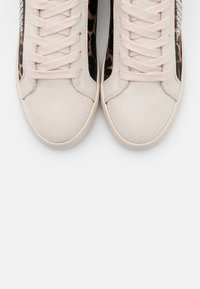 Guess - PAYSIN - Sneakers laag - multicolor - 5