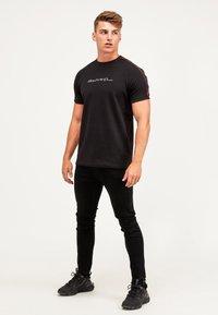 Kings Will Dream - RALLOR - Print T-shirt - black/red - 1