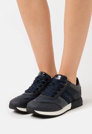 MALLORCA  - Sneakersy niskie - navy