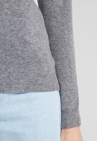 Benetton - TURTLE NECK - Sweter - mid grey - 5