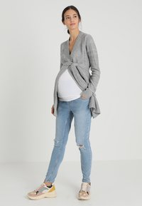 Zalando Essentials Maternity - 2 PACK - Taljebælter - white/maritime blue - 1