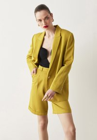 Ipekyol - Short coat - green - 3