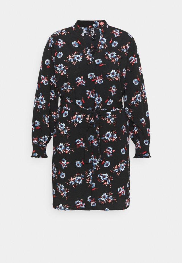 PCLUNILLA SHIRT DRESS - Blousejurk - black