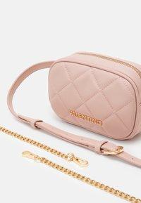 Valentino Bags - OCARINA - Bum bag - cipria - 4