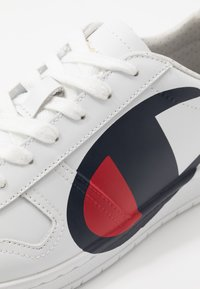 Champion - CUT SHOE 919 SUNSET - Tenisky - white - 5